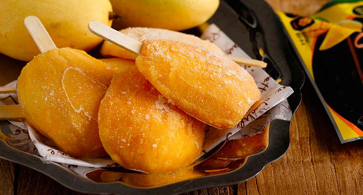 用完整果肉冷凍製成的泰國芒果鮮冰樂,單價42元。圖/ihergo愛合購提供
