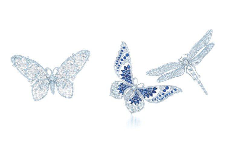 (最右邊)倪妮佩戴Tiffany 鉑金鑲嵌鑽石蜻蜓胸針,191萬元。圖/Tiff...