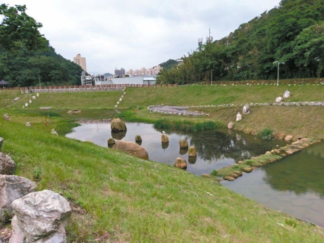 北市內湖金瑞治水園區生態蓄洪池,成為生物棲息地。 圖/北市水利處提供