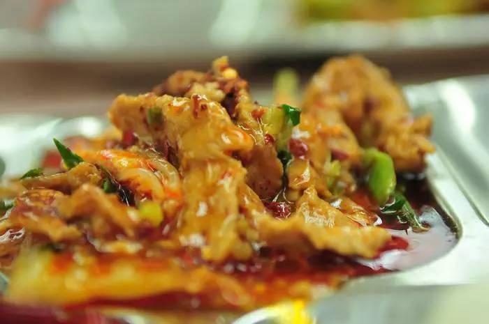 川大廚師的川菜,幸福了復旦師生的胃。 圖/摘自網路