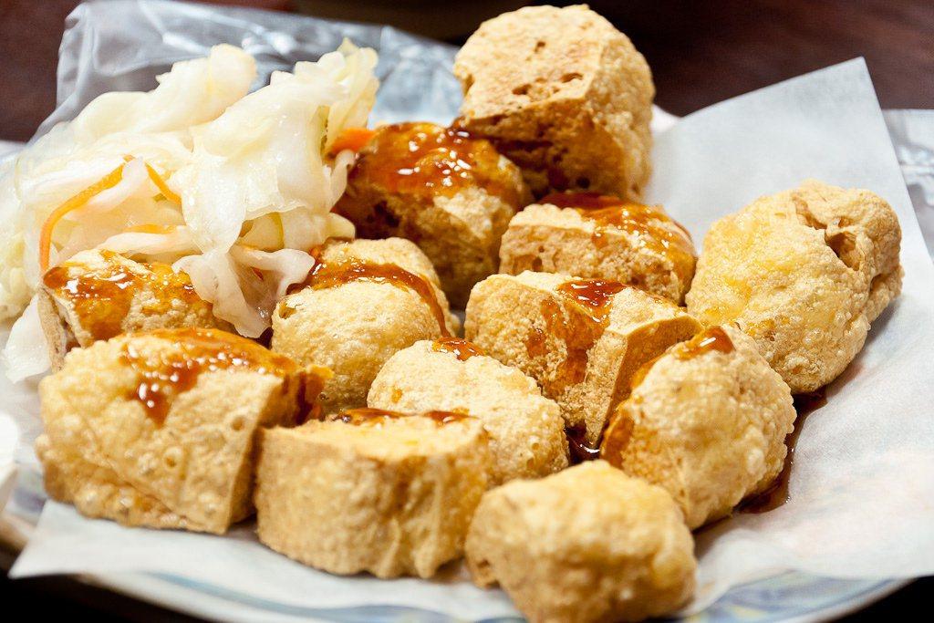 寧夏夜市 里長伯臭豆腐。圖/摘自 哇西河馬 Flickr