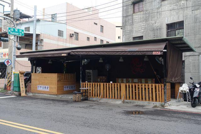 瑞田街和瑞賢街口的店面。