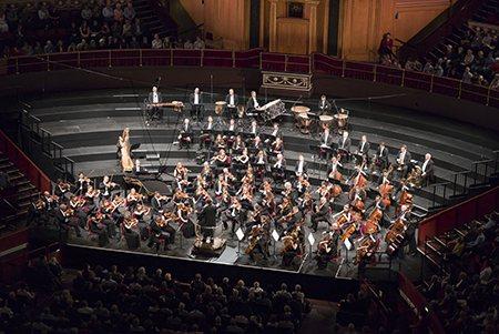 七十年歷史的英國皇家愛樂管弦樂團,來台詮釋經典名曲動人樂章。圖/聯合數位文創 提...