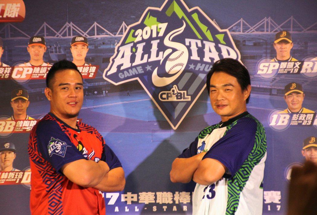 明星紅、白隊人氣王蔣智賢(左)、彭政閔(右)。記者葉姵妤/攝影