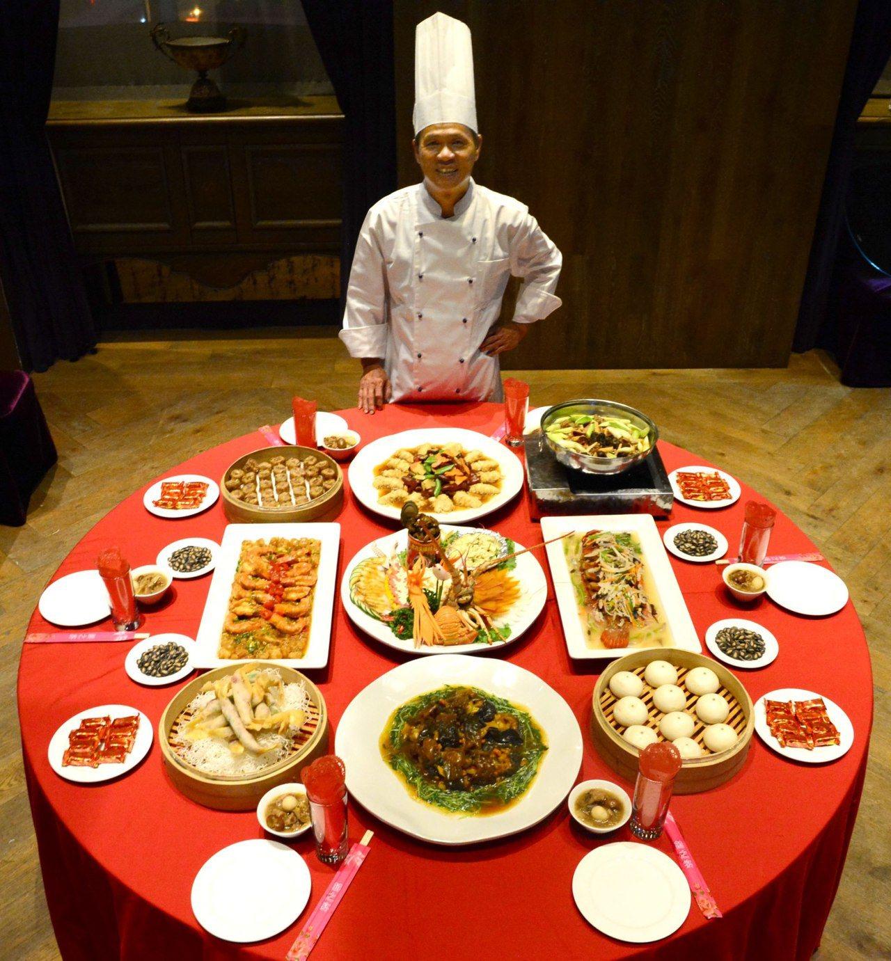 君品酒店迎接7歲生日,邀請總鋪師林明燦掌廚,舉辦辦桌宴。圖/君品酒店提供