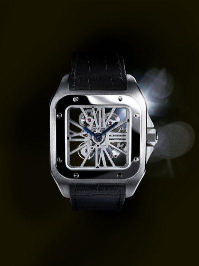 卡地亞Satos 100鏤空座鐘設計靈感來自經典鏤空腕表及Satos系列表款。圖...