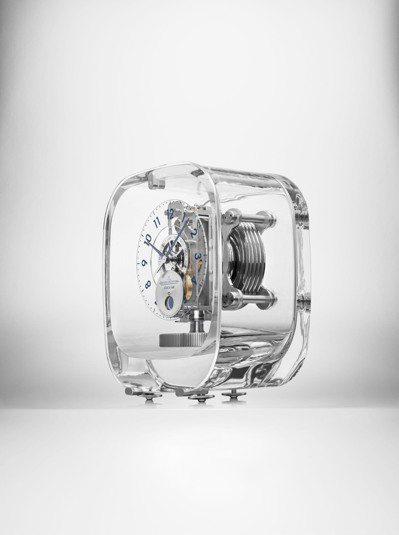積家2017 Atmos空氣鐘,90萬元。圖/Jaeger‑LeCoultre提...