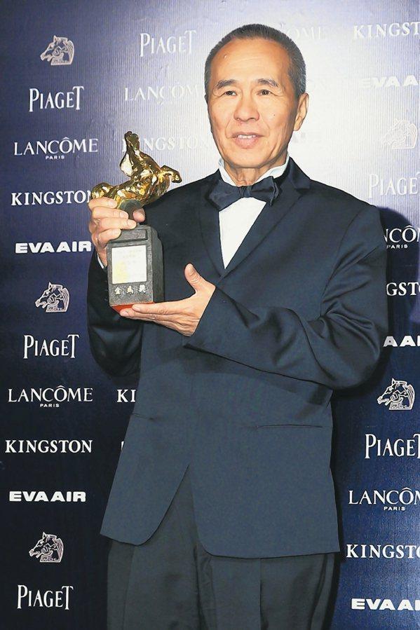 「紐約時報」評選21世紀25大佳片,台灣名導侯孝賢「最好的時光」登上17名。 資