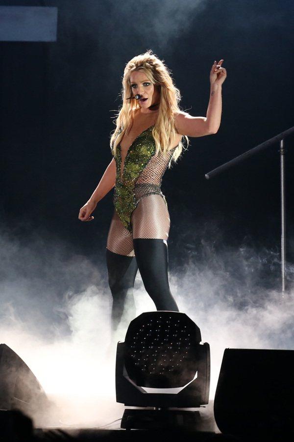 歌手小甜甜布蘭妮(Britney Spears)(圖)13日首次在台北南港展覽館