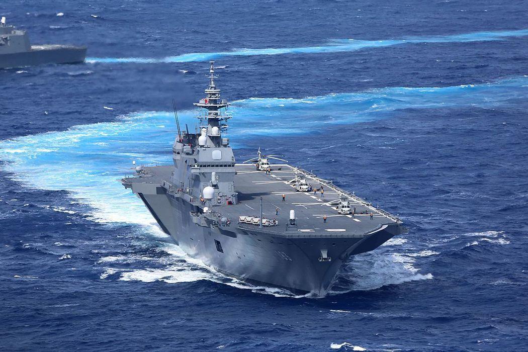 在2017年5月,做為新法集體自衛權下的實踐,海上自衛隊首次派艦「出雲號」(JS...