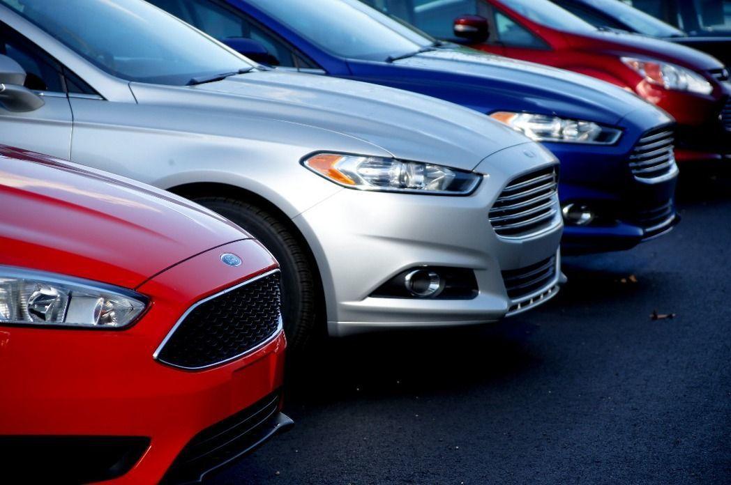 「買車不用錢還能拿現金」,這種車貸廣告,小心有詐。示意圖/本報資料照片