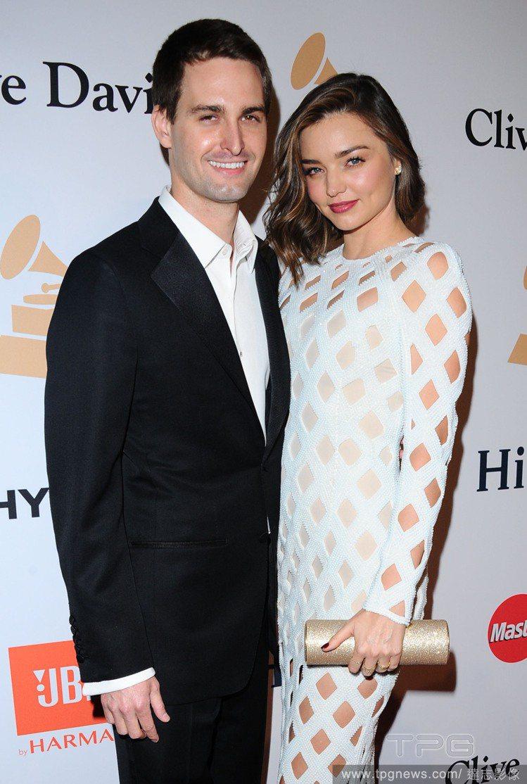 米蘭達柯爾5月底風光下嫁Snapchat 執行長Evan Spiegel。圖/達...