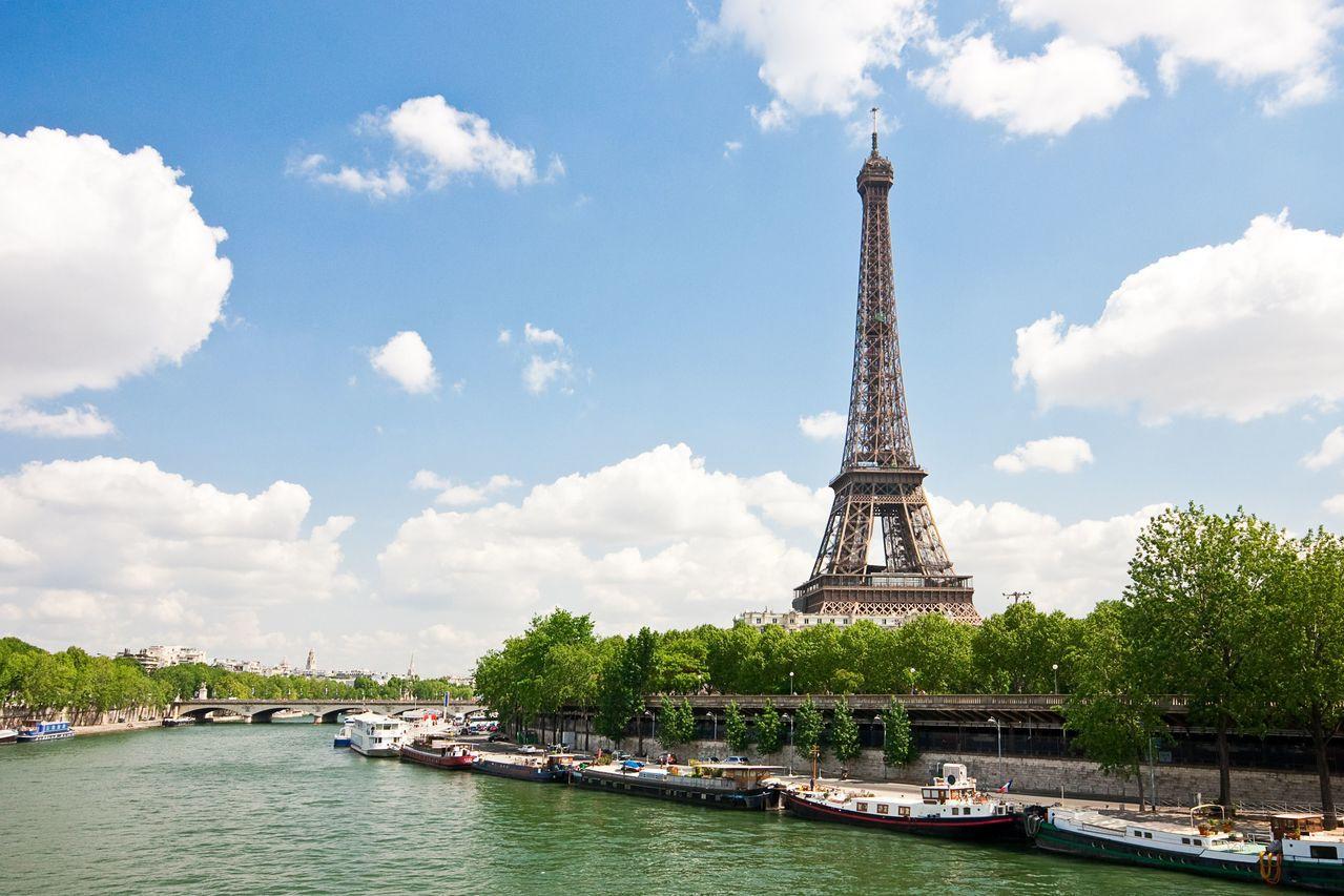 法國巴黎艾菲爾鐵塔也是許多遊歐團客心中必遊之地。圖/可樂旅遊