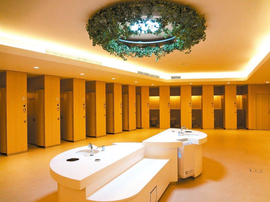 「大處著眼,小處著手」,日本公廁從小細節的設計與改善看出用心。 NEXCO中日本...