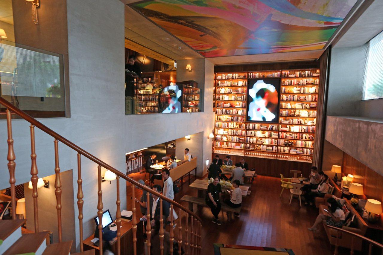 地下一樓餐廳。記者陳柏亨/攝影