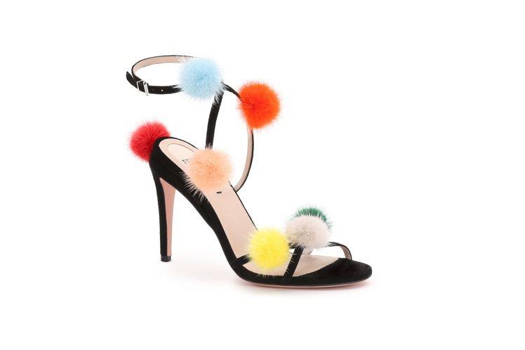 皮草高跟涼鞋,售價35,900元。圖/FENDI提供