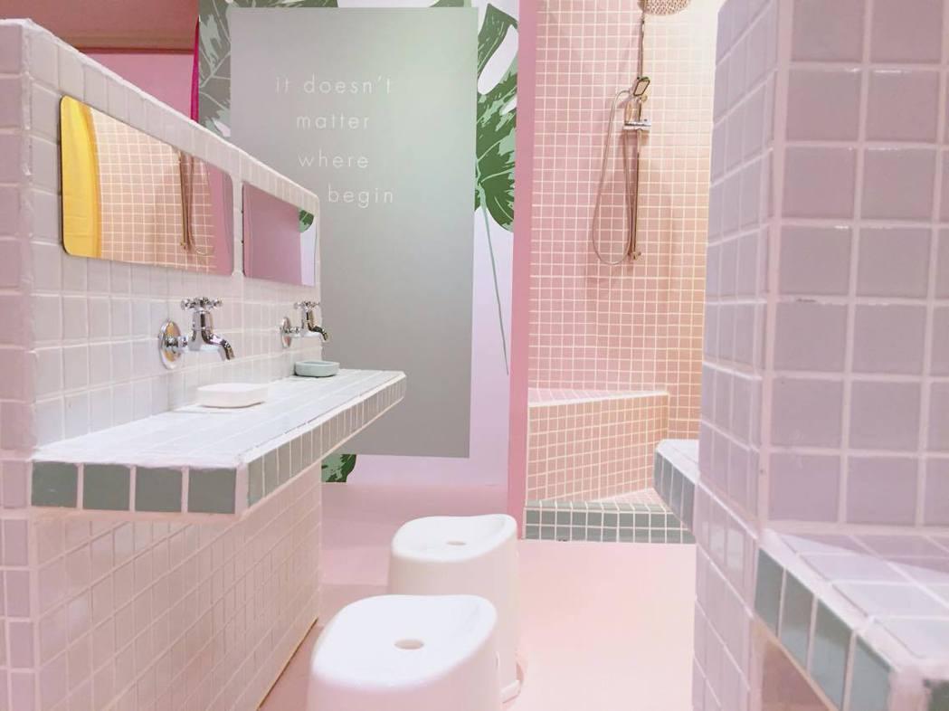 粉綠、粉紅、粉紫淋浴間很吸精。圖/如果說提供