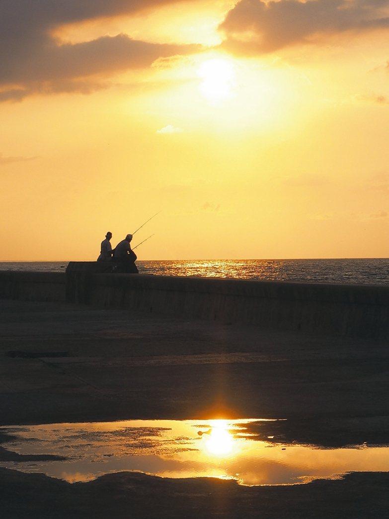 哈瓦那著名的落日。 圖/李俊明