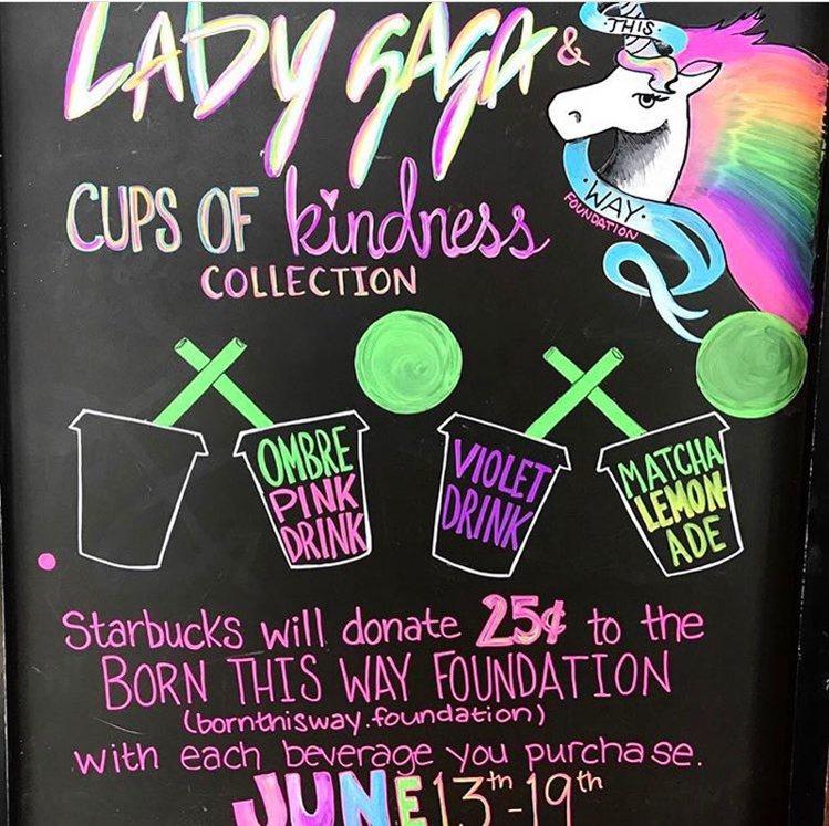 許多星巴克都畫上有關Lady Gaga聯名系列飲品。圖/擷自instagram