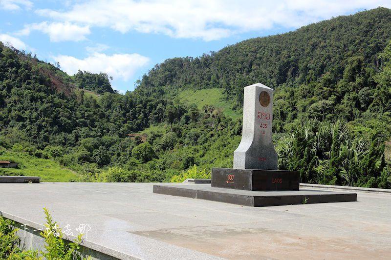 寮國、越南邊境界碑。 攝影/賴勳毅