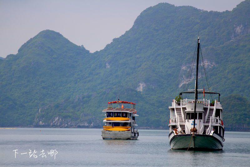下龍灣觀光船。 攝影/賴勳毅