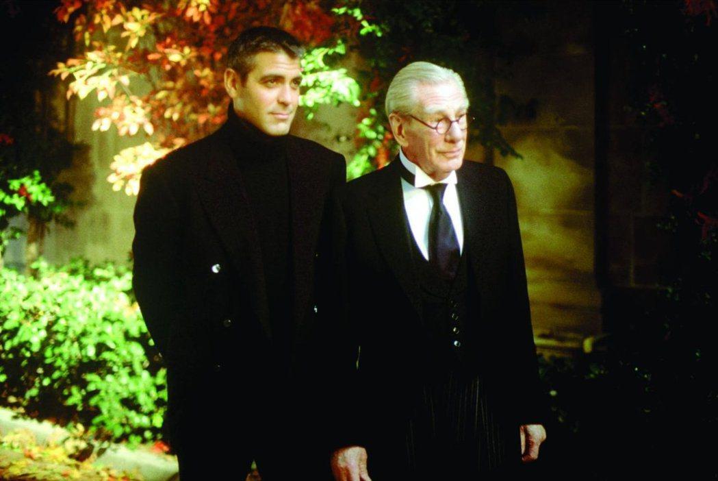 喬治柯隆尼(左)自己都視「蝙蝠俠4:急凍人」為恥辱。圖/摘自imdb