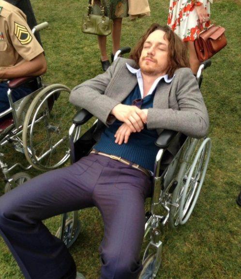 詹姆斯麥艾維在自己的IG貼上搞笑照片,呼喚潔西卡雀斯坦加入「X戰警」系列電影。圖...