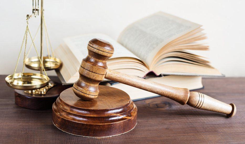 陳姓律師告林姓法官涉誹謗和違反個資法等。最高法院認為林姓法官基於法官職責、並無誹...