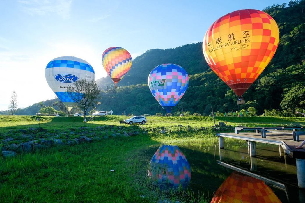 桃園石門水庫熱氣球嘉年華活動,因大雨調整日期。圖/摘自愛ㄑ桃粉絲頁