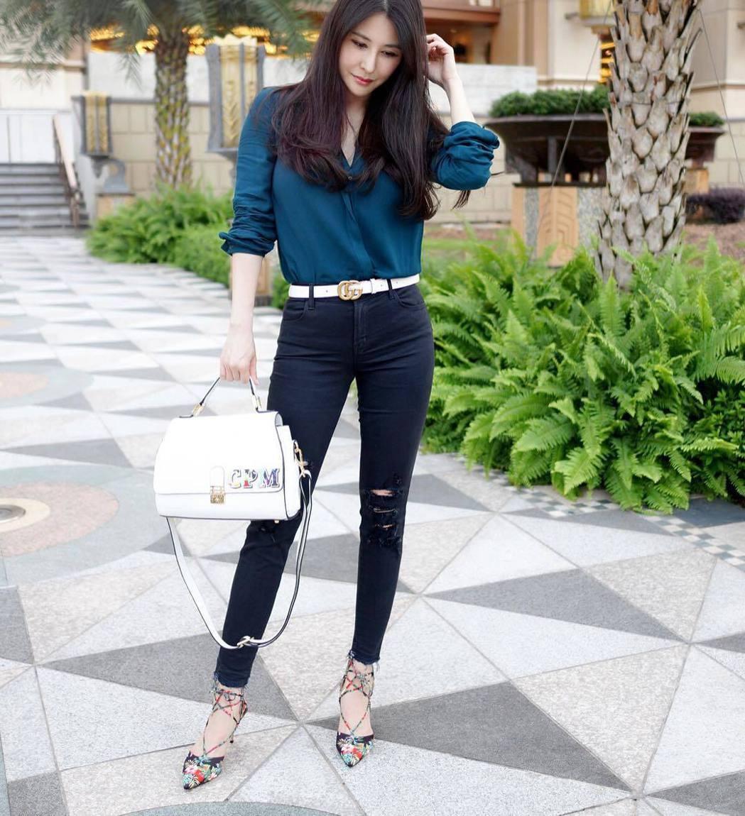 穆熙妍擁有火辣好身材。 圖/擷自IG。