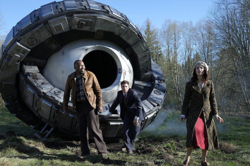 科幻穿越劇「時空守衛」已在台灣Netflix上架。圖/摘自imdb