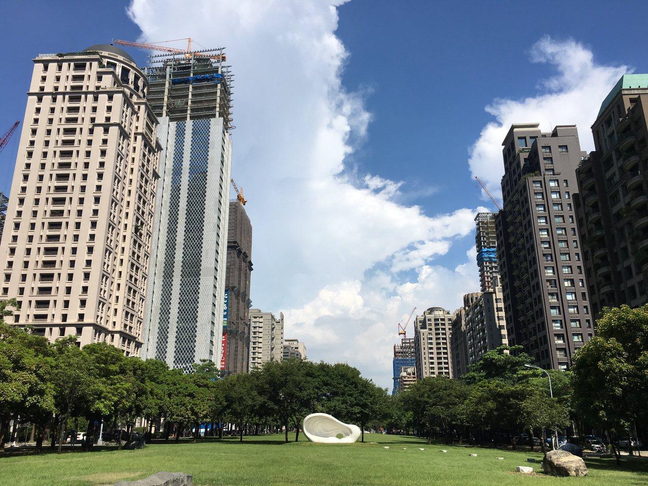 台中市重新評定房屋標準價格調幅40%六都最低。記者宋健生/攝影