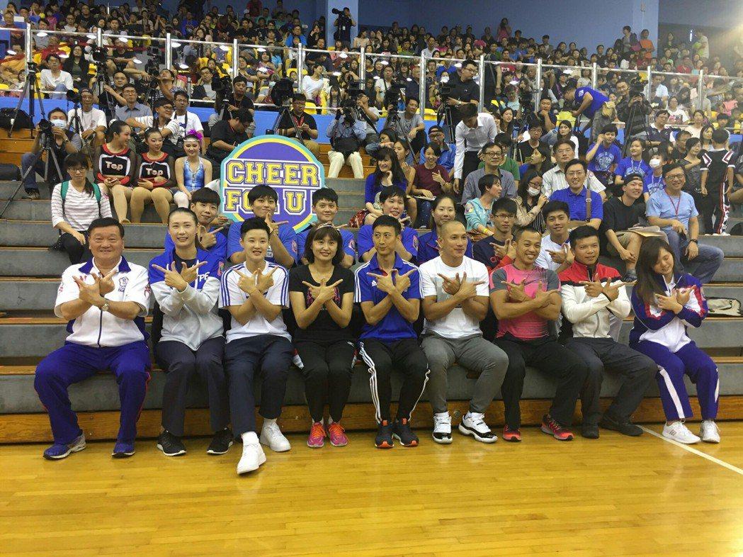 朱木炎鼓勵年輕選手 享受世大運舞台