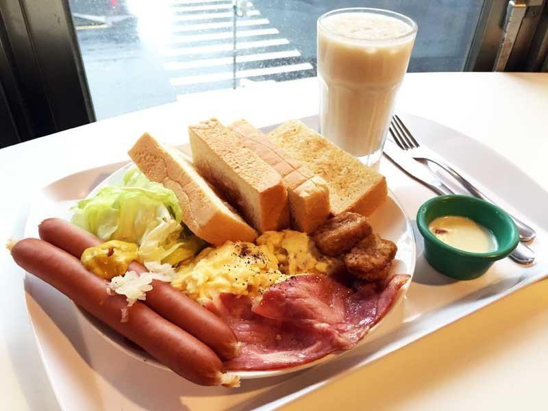 營養師提醒,早午餐雖然精緻,蛋白質、油脂卻常超標,建議偶爾吃一頓就好。(phot...