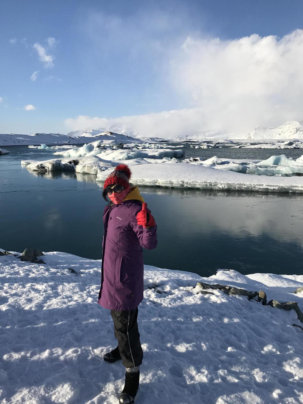 48歲朱小姐今年2月,與朋友至冰島自助旅行,共扛等同120瓶礦泉水、約60公斤的...