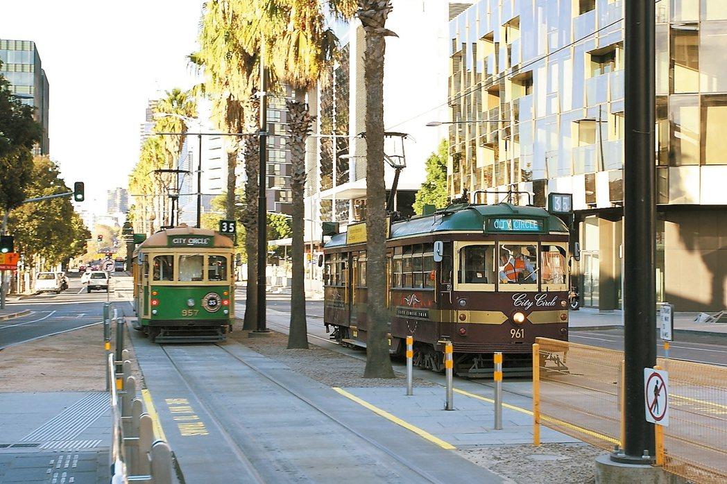 便捷的電車網路,有利旅客探索城市。 記者陳睿中/攝影