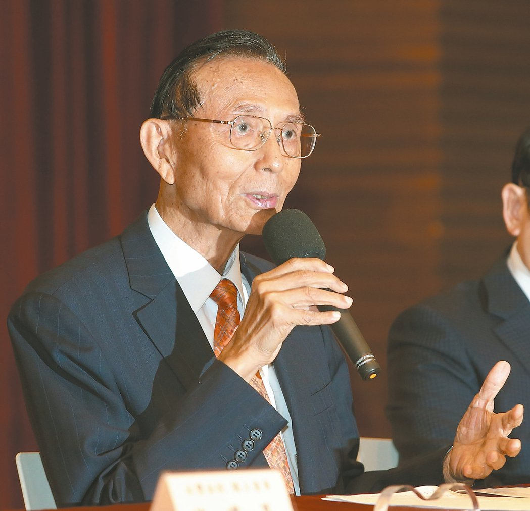 永豐金控邱正雄今日傍晚宣布辭任董事長。 圖/聯合報系資料照