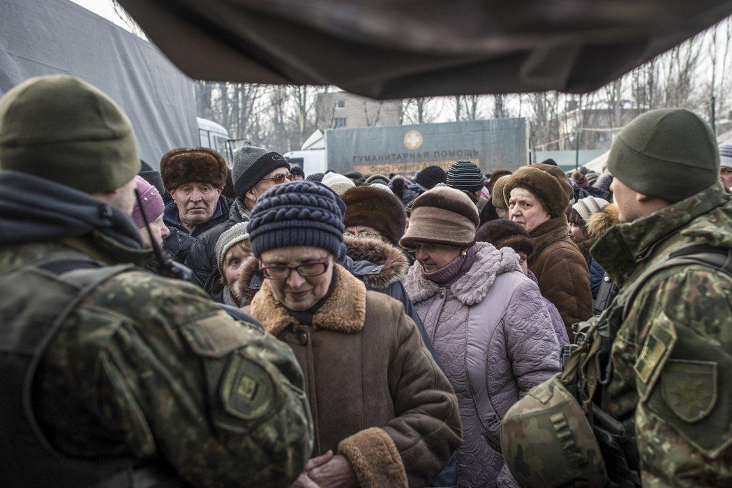 波蘭認為自己已收了「100萬烏克蘭難民」,因此無法再負擔歐盟的難民配額。圖為烏克...
