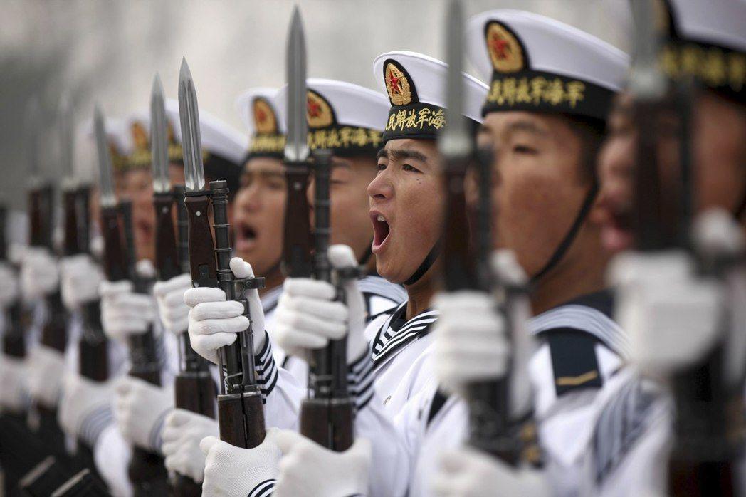 如果大國的海上戰略運輸線真正面臨被切斷的危險時,實際已處於大規模戰爭的邊緣。 圖...