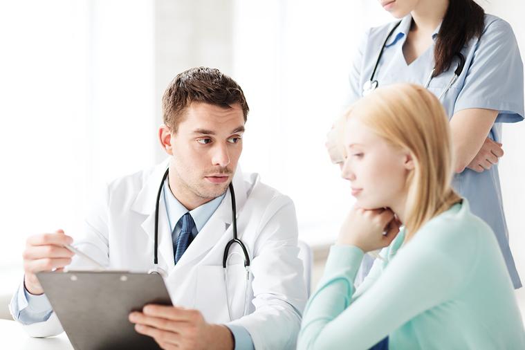 如何挑健檢中心?問他們一天多少人做胃鏡 圖/ingimage