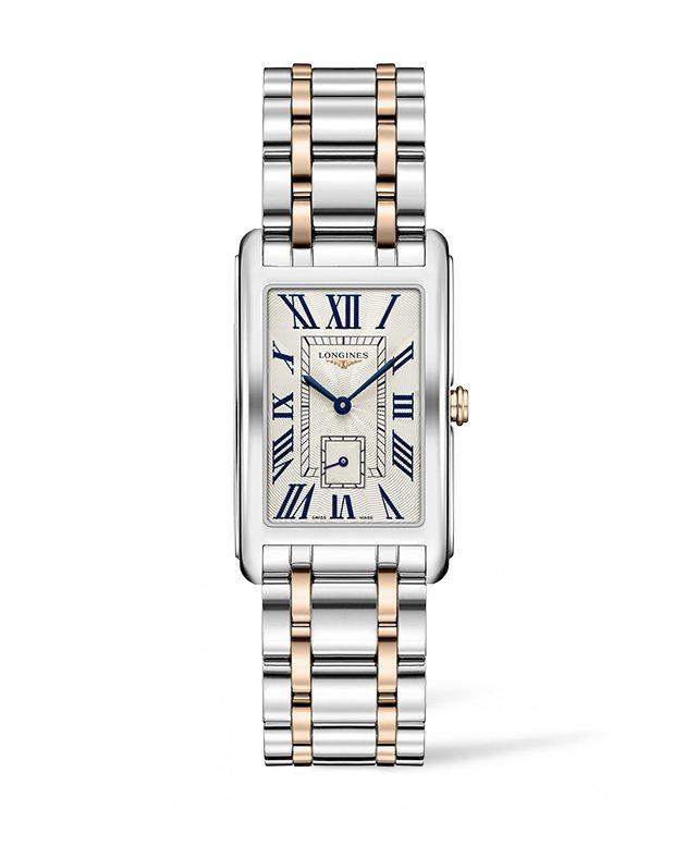 姜曉雯配戴的浪琴表新多情系列羅馬時標雙色金腕錶,65,700元。圖/浪琴提供