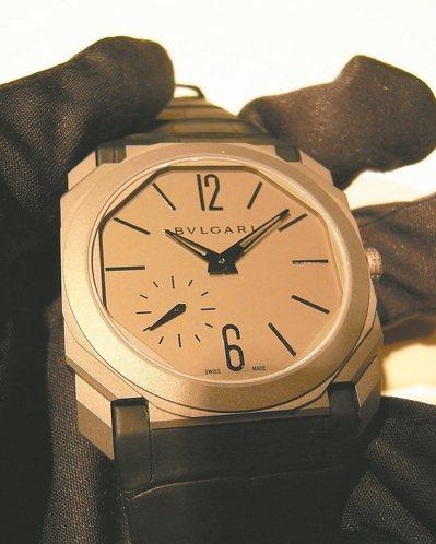 創超薄紀錄的寶格麗Octo手表。 圖/曾士昕提供