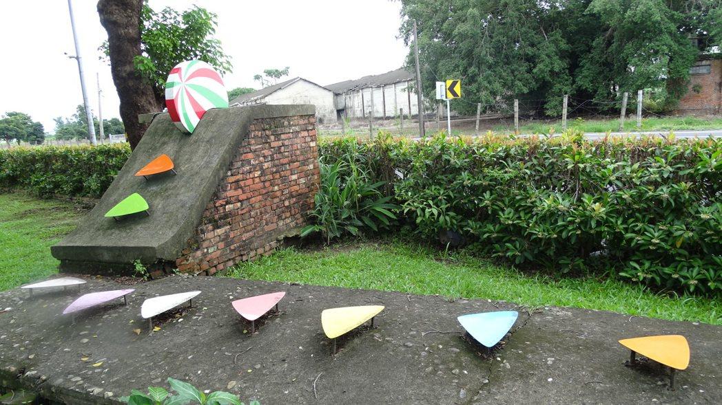 台南麻豆總爺藝文中心將閒置防空洞外牆巧思裝飾,增添藝術氛圍。 記者謝進盛╱攝影