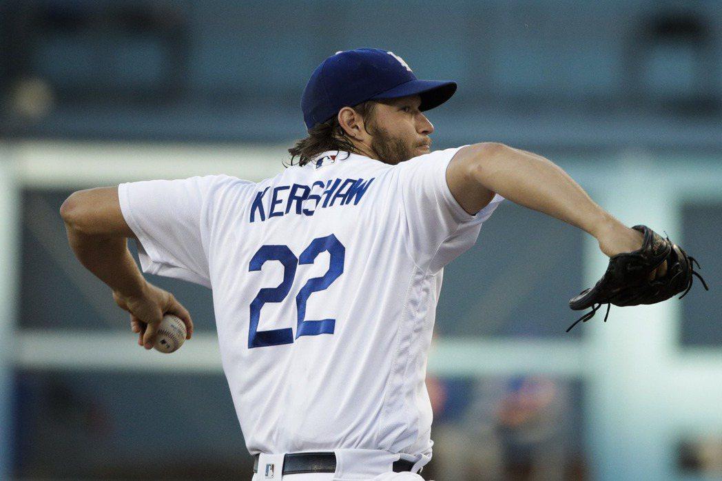MLB有超專業的「撿球達人」球迷,卻在克蕭身上踢到鐵板。 美聯社