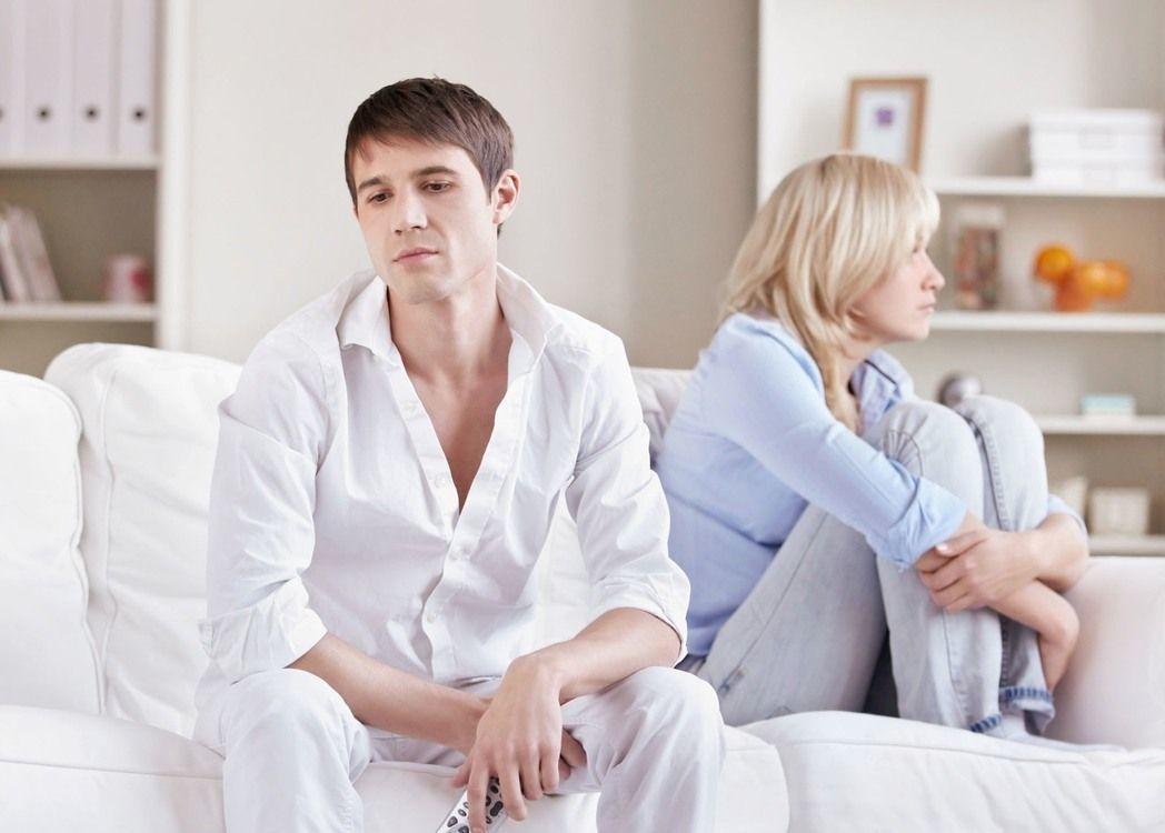 男方認為女方提出的種種要求實在不合理,兩人婚事可能告吹。情境示意圖/Ingima...