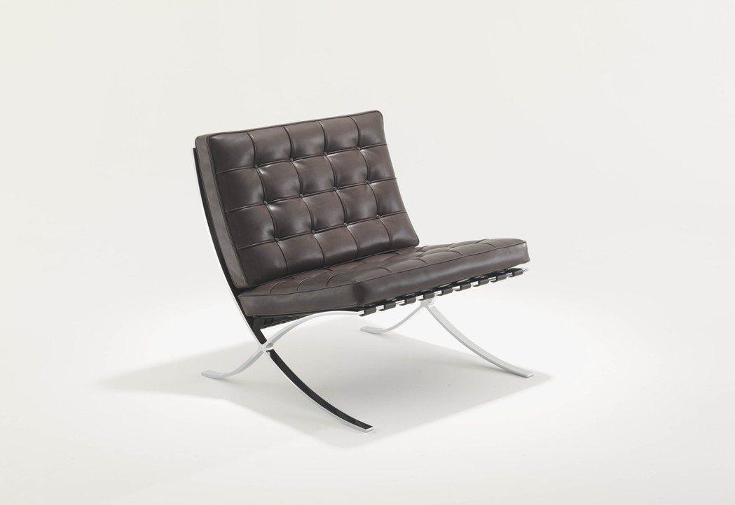 Knoll Barcelona巴塞隆納單椅。圖/忠泰生活開發提供
