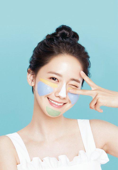 近年來「韓流美」總是引領風潮,2017年夏天,多個韓國美妝品牌不約而同提出「混搭...