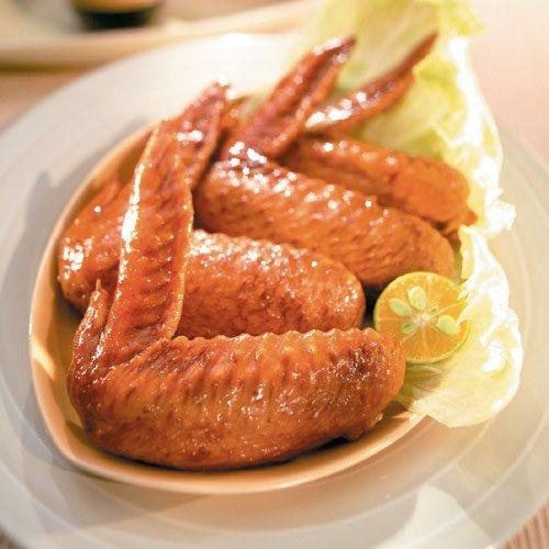 萊爾富預購推出西井村雞翅膀。圖/萊爾富提供