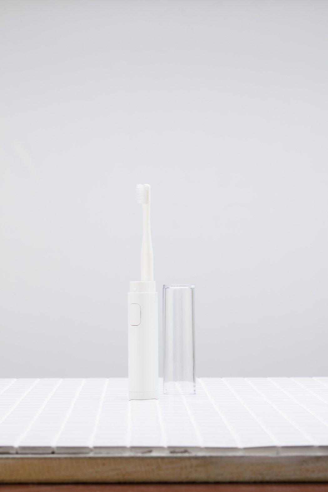 無印良品音波電動牙刷。圖/無印良品提供
