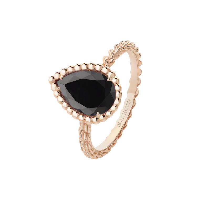Serpent Boheme系列玫瑰金戒指鑲嵌縞瑪瑙1.60克拉,56,000元...